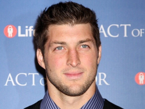 7 Times Tim Tebow Did the Unpopular and Inspired Us All
