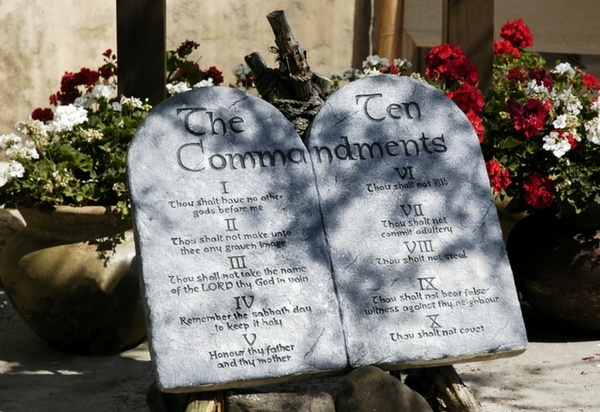 Pure Flix to Help Replace Destroyed 10 Commandments Monument