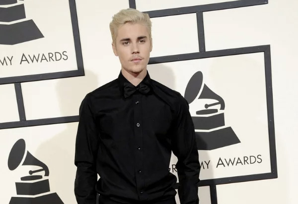Justin Bieber Reveals Powerful Message of Hope: 'Jesus Loves You'
